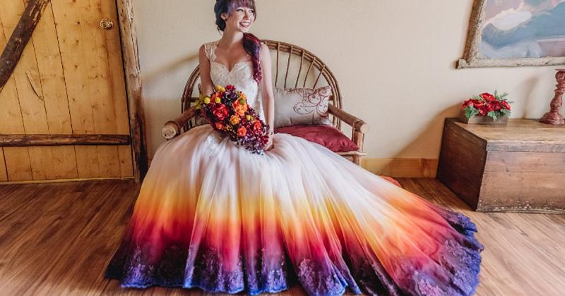Расцветить классику: свадебное платье бывает не только белым (11фото)