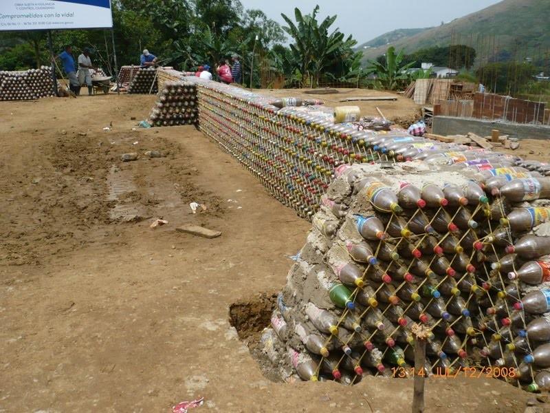 Дома из пластиковых бутылок своими руками фото