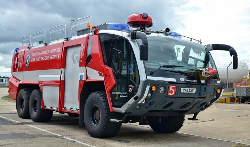 пожарная машина на крыше рыбацкое