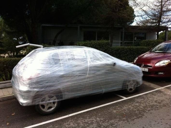 Гениальные ответы хозяевам машин, которые были неправильно припаркованы (24фото)