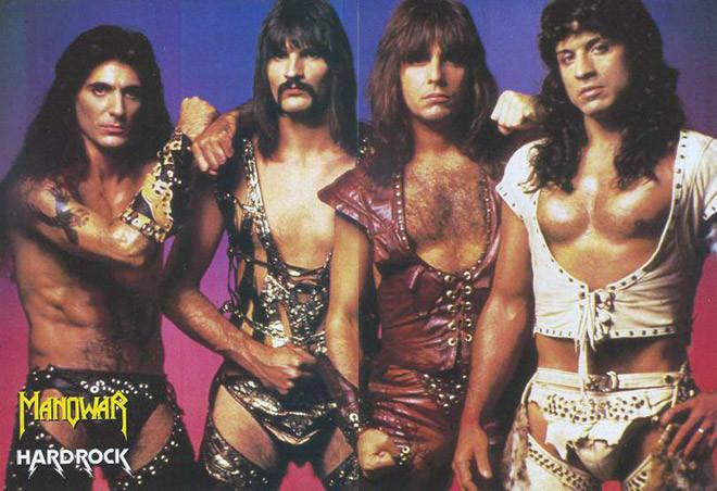 80-е года прошлого века выдались тяжелыми для костюмеров рок-музыкантов (23фото)