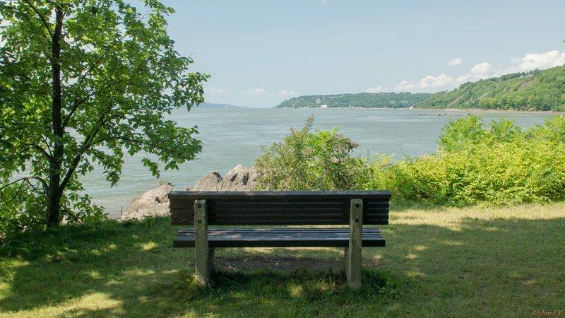 30 удачных мест, чтобы поставить скамейку (30фото)