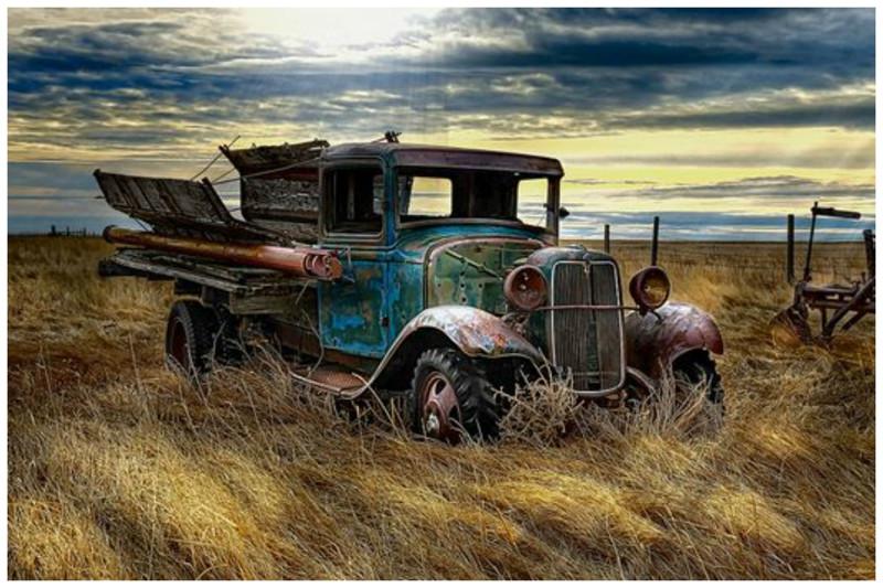 Заброшенные автомобили - кладбища ушедшей красоты (20фото)