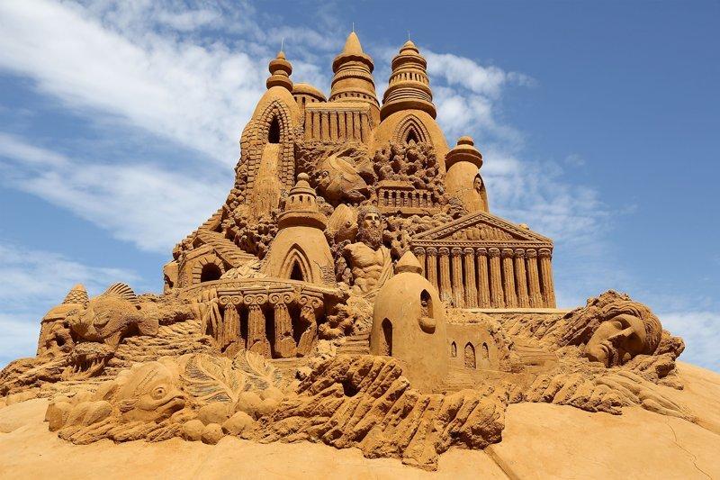 Потрясающие скульптуры из песка (20фото)