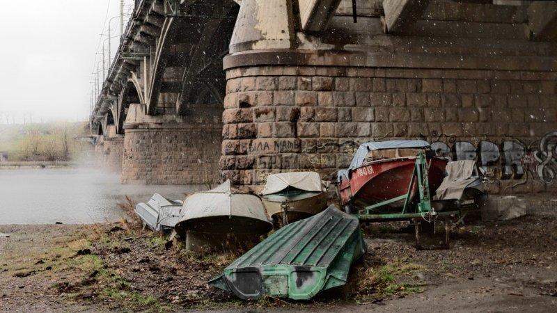 Под мостом (31фото)
