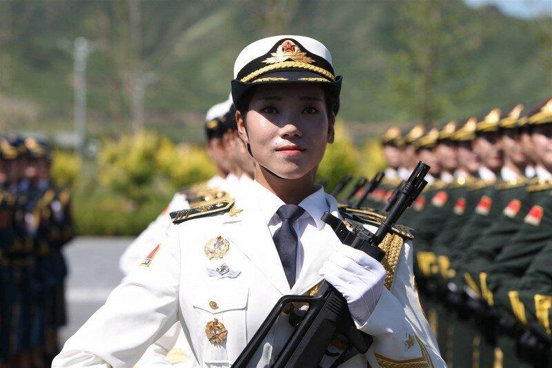 Украшение военных парадов (22фото)
