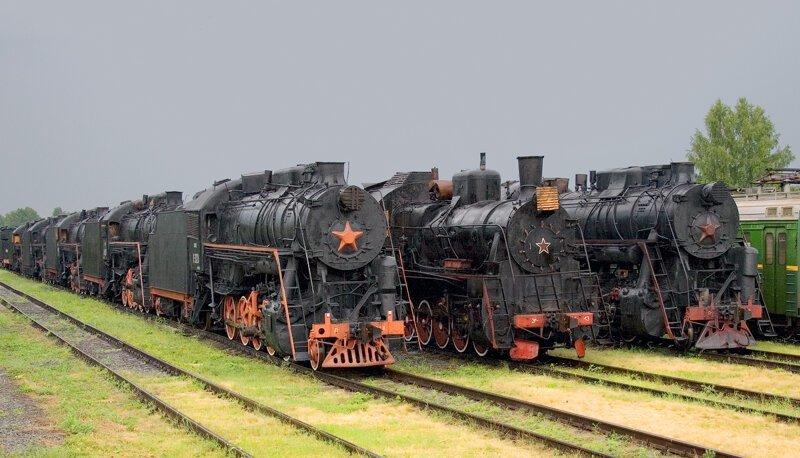 «Мы мирные люди, но наш бронепоезд стоит на запасном пути» (50фото)