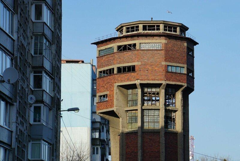 Эстетика водонапорных башен (40фото)